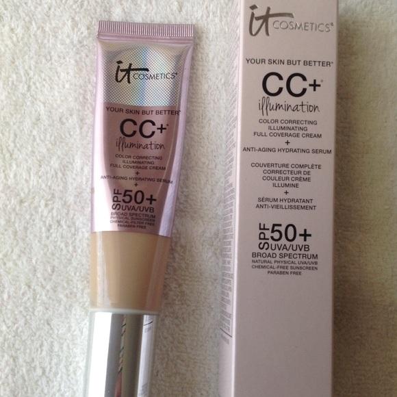 It Cosmetics CC+Illumination cream, light shade.
